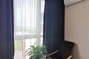 Продается 2-комнатная квартира 61 кв. м в Ровно