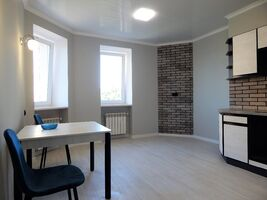 Продается 2-комнатная квартира 67 кв. м в Харькове