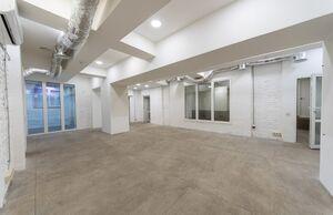 Сдается в аренду офис 160 кв. м в нежилом помещении в жилом доме