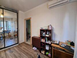 Продается 6-комнатная квартира 99 кв. м в Харькове
