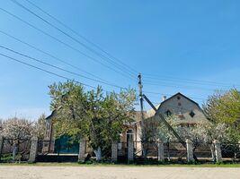 Продається одноповерховий будинок 120 кв. м з подвалом