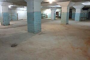 Продається будівля / комплекс 1030 кв. м в 5-поверховій будівлі