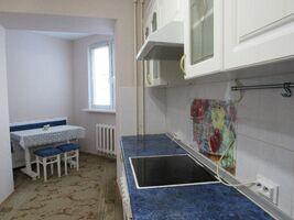 Продається 3-кімнатна квартира 78.9 кв. м у Києві