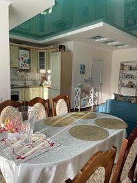 Продається 3-кімнатна квартира 82 кв. м у Василькові