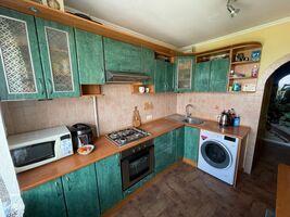 Продається 2-кімнатна квартира 49 кв. м у Тернополі