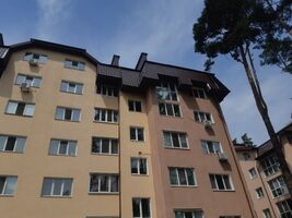 Продається 2-кімнатна квартира 76 кв. м у Ірпені