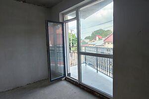 Продається 2-кімнатна квартира 72.2 кв. м у Тернополі