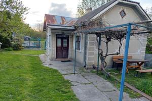 Продается одноэтажный дом 50 кв. м с подвалом