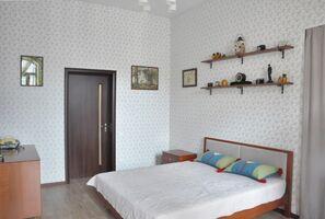 Продается 2-комнатная квартира 57.2 кв. м в Одессе
