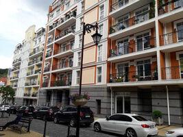 Продается 2-комнатная квартира 106 кв. м в Киеве