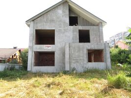 Продается дом на 2 этажа 207 кв. м с террасой
