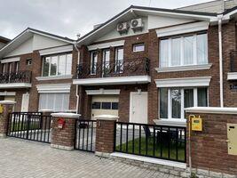 Продається будинок 2 поверховий 126 кв. м з банею/сауною