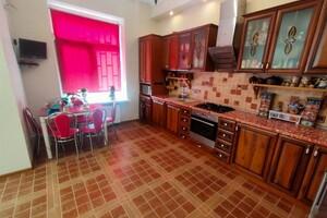 Продається будинок 2 поверховий 188 кв. м з подвалом