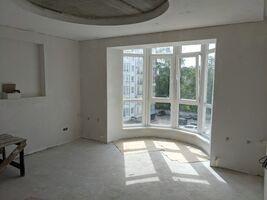 Продается 3-комнатная квартира 90 кв. м в Ивано-Франковске