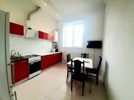 Продається 3-кімнатна квартира 71 кв. м у Тернополі