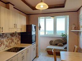 Продается 2-комнатная квартира 64.3 кв. м в Киеве