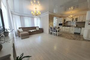 Продается 3-комнатная квартира 104 кв. м в Хмельницком