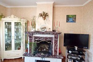 Продається 6-кімнатна квартира 176 кв. м у Василькові