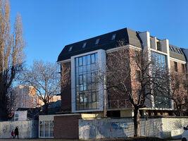 Продается помещения свободного назначения 110 кв. м в 5-этажном здании