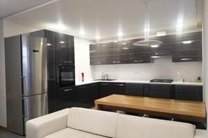 Продається 2-кімнатна квартира 100 кв. м у Тернополі