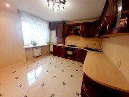 Продається 3-кімнатна квартира 90 кв. м у Тернополі