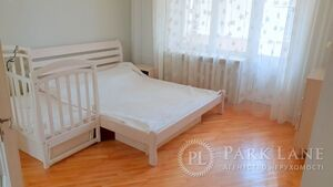 Продается 1-комнатная квартира 73.1 кв. м в Киеве