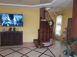 Продается дом на 2 этажа 177 кв. м с мансардой
