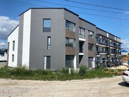 Продается дом на 3 этажа 170 кв. м с балконом