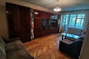Продается 2-комнатная квартира 50 кв. м в Мариуполе