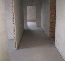 Продається 3-кімнатна квартира 135 кв. м у Тернополі