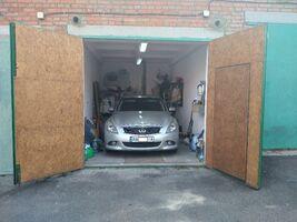 Продається місце в гаражному кооперативі під легкове авто на 24 кв. м