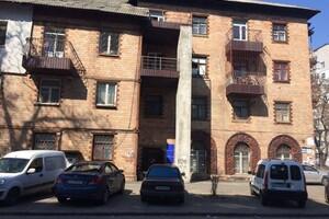 Здається в оренду приміщення вільного призначення 10 кв. м в 4-поверховій будівлі