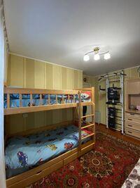 Продається 3-кімнатна квартира 59.2 кв. м у Рівному