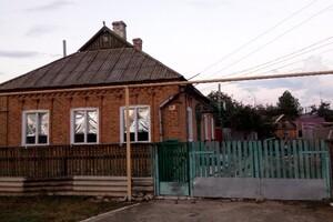 Продается одноэтажный дом 100 кв. м с беседкой