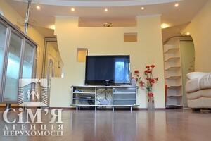 Сдается в аренду 3-комнатная квартира 105 кв. м в Виннице