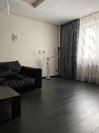 Продається 4-кімнатна квартира 214 кв. м у Херсоні