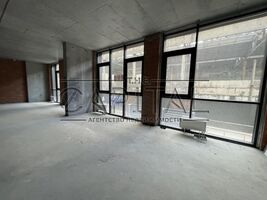 Продается офис 141 кв. м в нежилом помещении в жилом доме