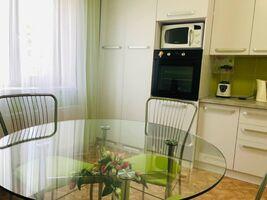Продається одноповерховий будинок 118 кв. м з подвалом