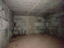 Продается нежилое помещение в жилом доме 127.2 кв. м в 6-этажном здании