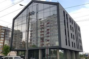 Продается офис 207 кв. м в бизнес-центре