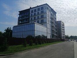 Продается 2-комнатная квартира 72.1 кв. м в Ровно
