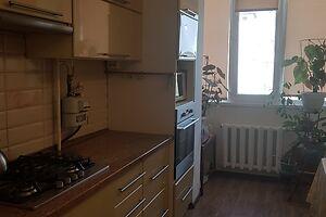 Продается 3-комнатная квартира 62 кв. м в Херсоне