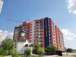 Продається 3-кімнатна квартира 81.9 кв. м у Хмельницькому