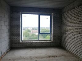 Продается 2-комнатная квартира 65.8 кв. м в Ровно