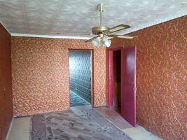 Продається 3-кімнатна квартира 57 кв. м у Херсоні