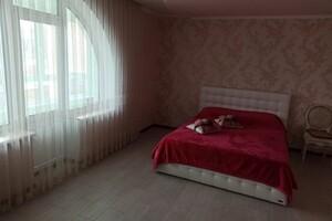Продается дом на 2 этажа 403.3 кв. м с камином