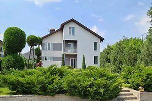 Продается дом на 3 этажа 276 кв. м с участком