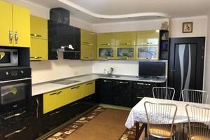 Продается 2-комнатная квартира 79 кв. м в Одессе