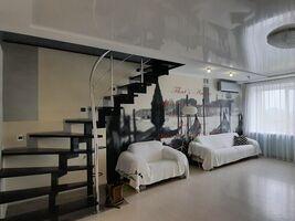 Продается 3-комнатная квартира 93.6 кв. м в Полтаве