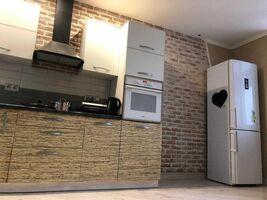Продается 2-комнатная квартира 77 кв. м в Киеве